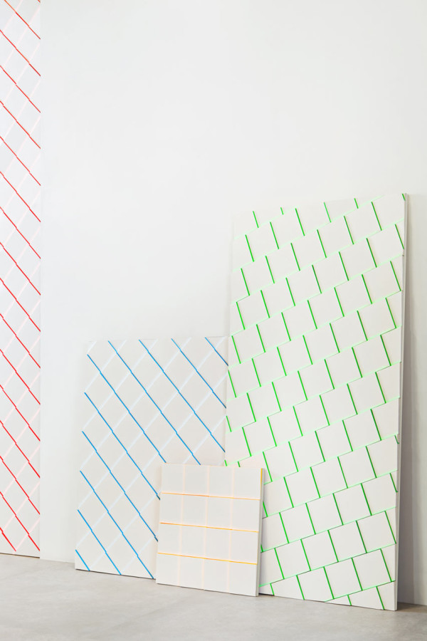 Scales-tiles-MUT-Design-Alberto-Sanchez-Harmony-2-600x900