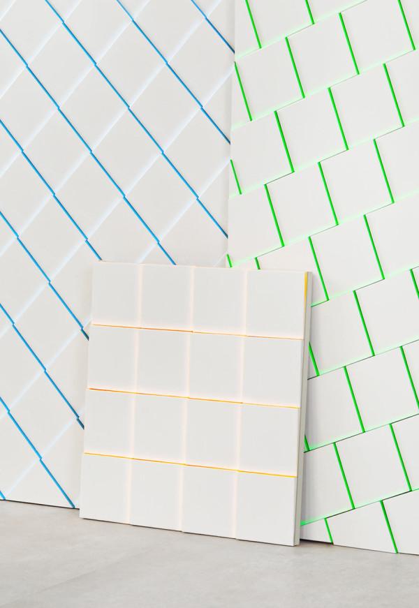 Scales-tiles-MUT-Design-Alberto-Sanchez-Harmony-3-600x871